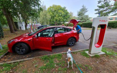 Experiment Tesla E-Auto Urlaub in Frankreich Teil 1